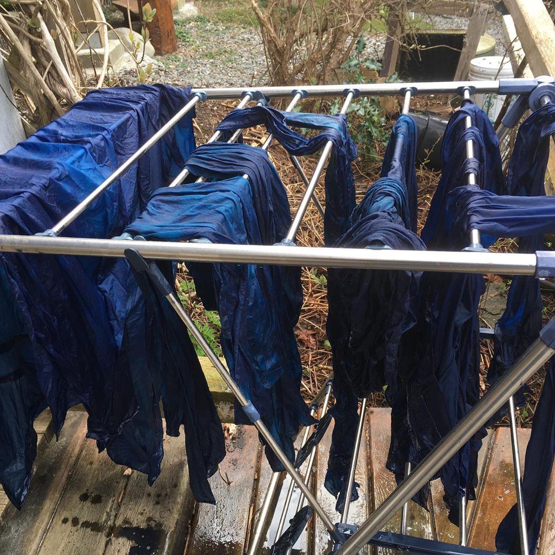 Lynda_Slater_Silks_to_Dye_For_Drying